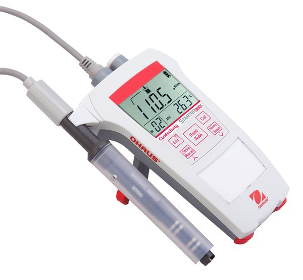 PORTABLE CONDUCTIVITY METER ST300C COMPLETE WITH STCON3