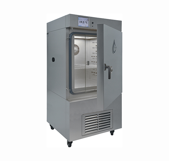 CLIMATIC CHAMBER WITH STEAM HUMIDIFIER 112L.